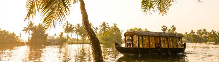 Kerala Holidays Houseboats Backwaters India Tour Cochin Periyar Munnar